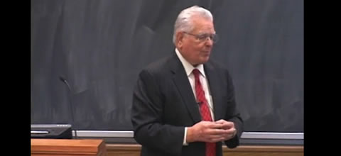 Link to:Roy Romer: Common education standards