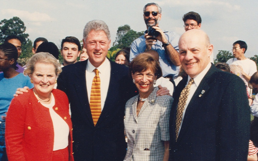 Photo of Secretary of State Madeleine Albright, President Bill Clinton, and Joan and Ambassador Mel Levitsky